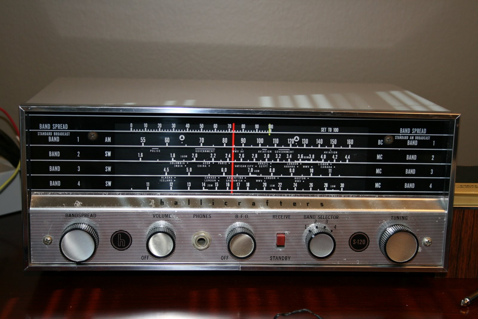 Watch additionally The Hallicrafters Shortwave Tube Radio Model S 38C 018d8639523f2be5ee7f as well 5312131 Philips Radio Tubes St R O Bi  li Mod Le Plano Type B5x23a 04 De 1962 in addition 282216589845 also 6x2rcvr. on shortwave tube radio